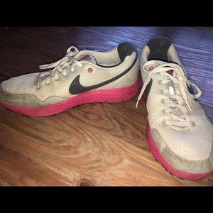 Nike sz 9.5 Lunarcon sneakers